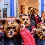 Petits : masques en pâte à papier, les fauves